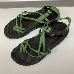 Chacos Zx/2 Hiking Green Sandals Size 11